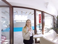 RealityLovers- Russian Teen Broker VR