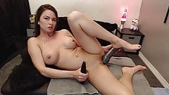 SEXY MILF WANTS TO MASTURBATE WITH A VERY LARGE DILDO