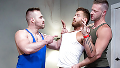 Muscle Guys Having Anal Threesome