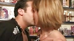 FRENCH MATURE 35 anal blonde mom milf and a younger man