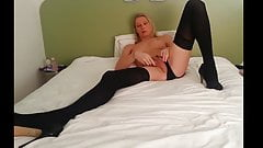 Tranny Inserts Interesting Butt Plug Cums In Her Own Mouth