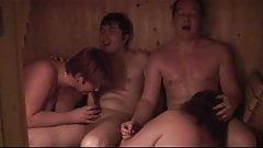 Vierer in der Sauna...