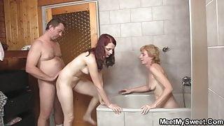 Old couple fuck teen girl in the bathroom