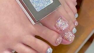 Very nice asian feet