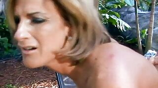 Sexy boobs babe sucking a huge dick then gets fucked