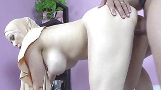 buxom Muslim lady knows how to suck a dick