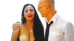 Sexy ägyptisches Tölpemädchen-Tanzen