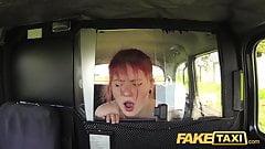 Fake Taxi unschuldiger Teenager nimmt großen fetten Schwanz