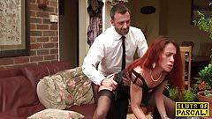 Cuckold, britische Ehefrau wird gefickt