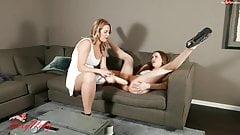 Sexynaty - lesbischer Dildo und anales Fisting