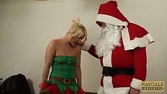 Pascalssubsluts - Schätzchen Sub Bethany Richards, gebohrt von Santa