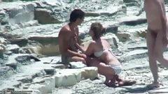 Schüchternes Paar fickt am Strand!