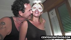 Renzo und Lucia, Swinger-Paar, spielen mit Alex Magni und R.