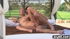 Fucking my hot stepsister outdoors and cum over her